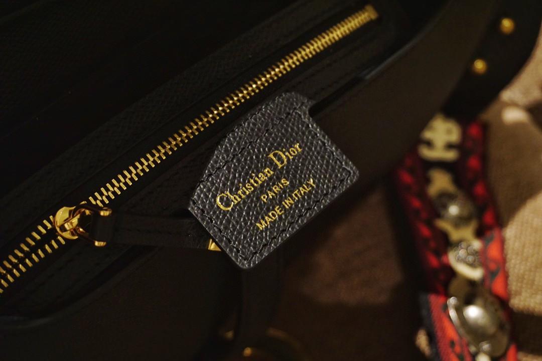 Dior 迪奥 马鞍包 掌纹黑 大号 25.5cm 耐磨耐造