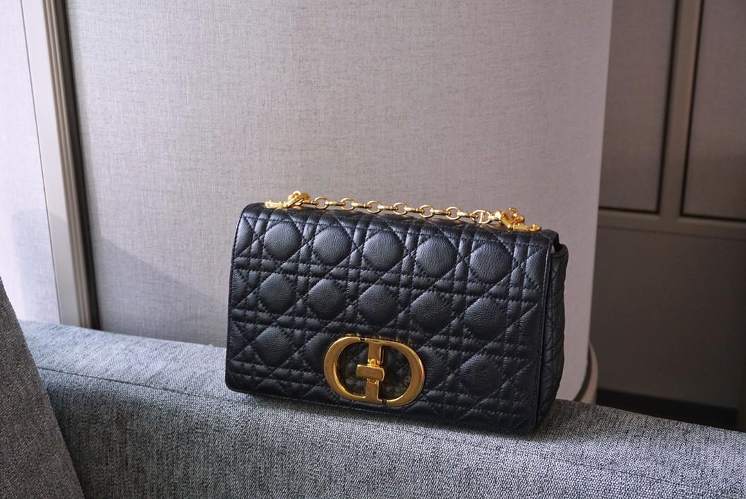 Dior 迪奥 Caro 中号/25.5cm 黑色 设计率性利落 彰显浪漫韵致