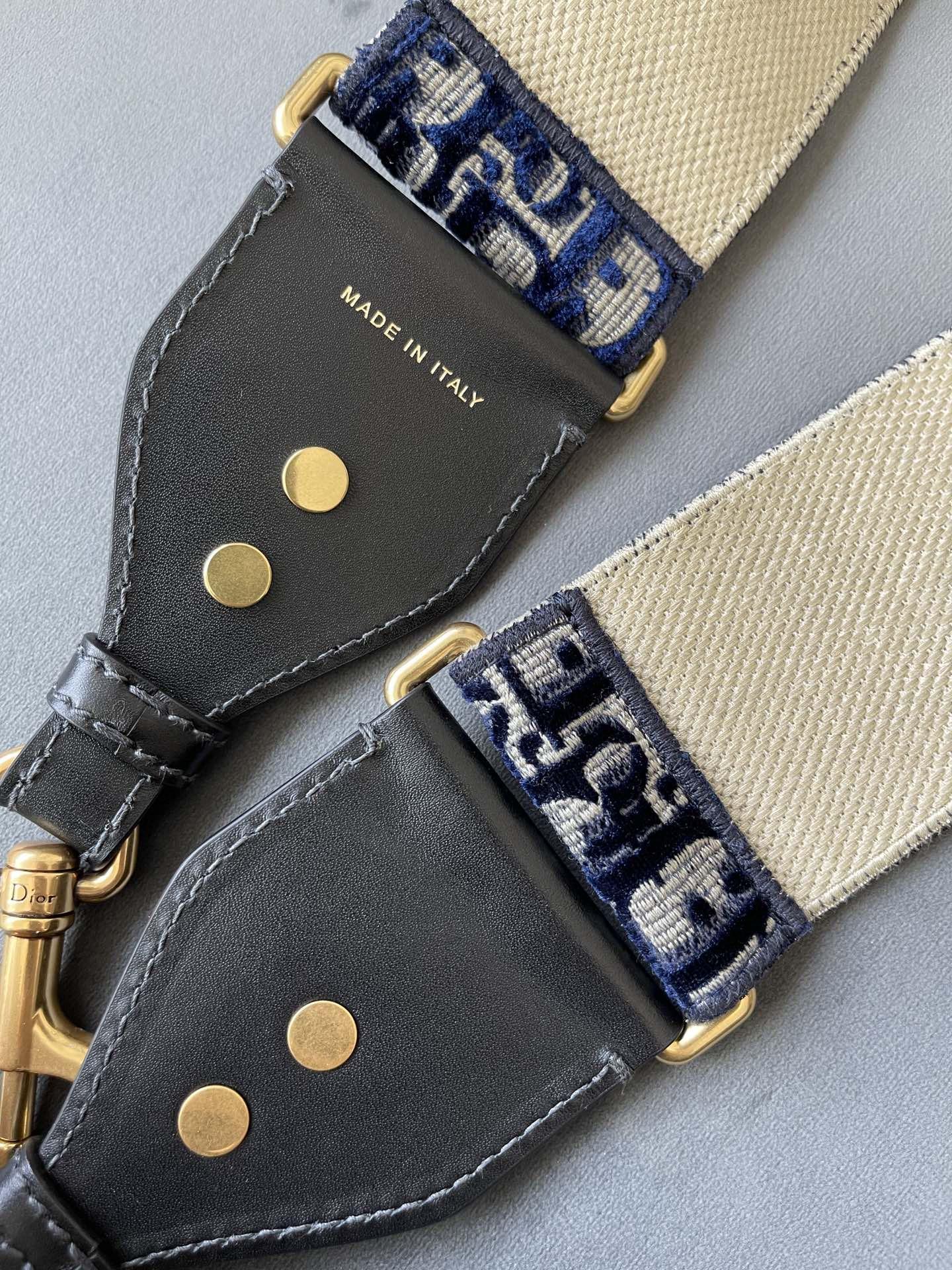 Dior 迪奥 丝绒蓝肩带 丝绒材质 高级简约