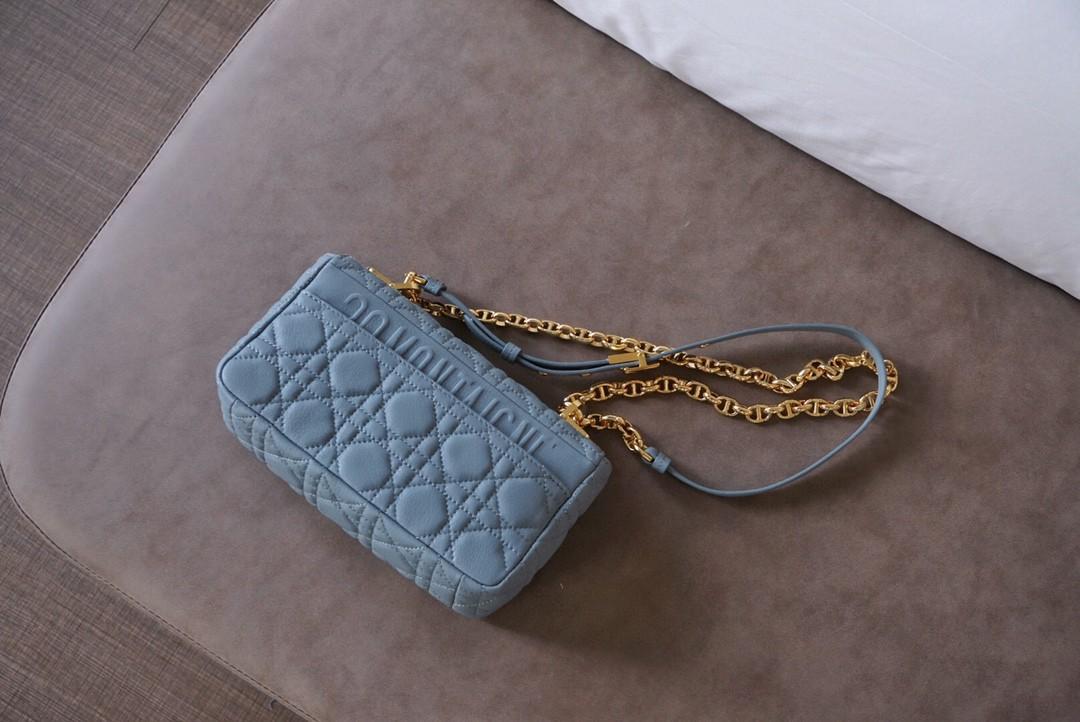 Dior 迪奥 Caro 小号/20cm 雾霾蓝 法式优雅
