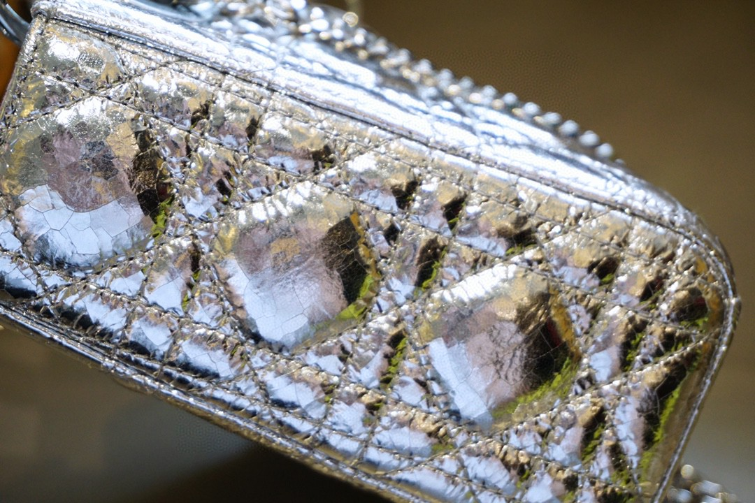 Dior 迪奥 三格 原厂进口 17cm 鹿皮 质感堪比小羊皮