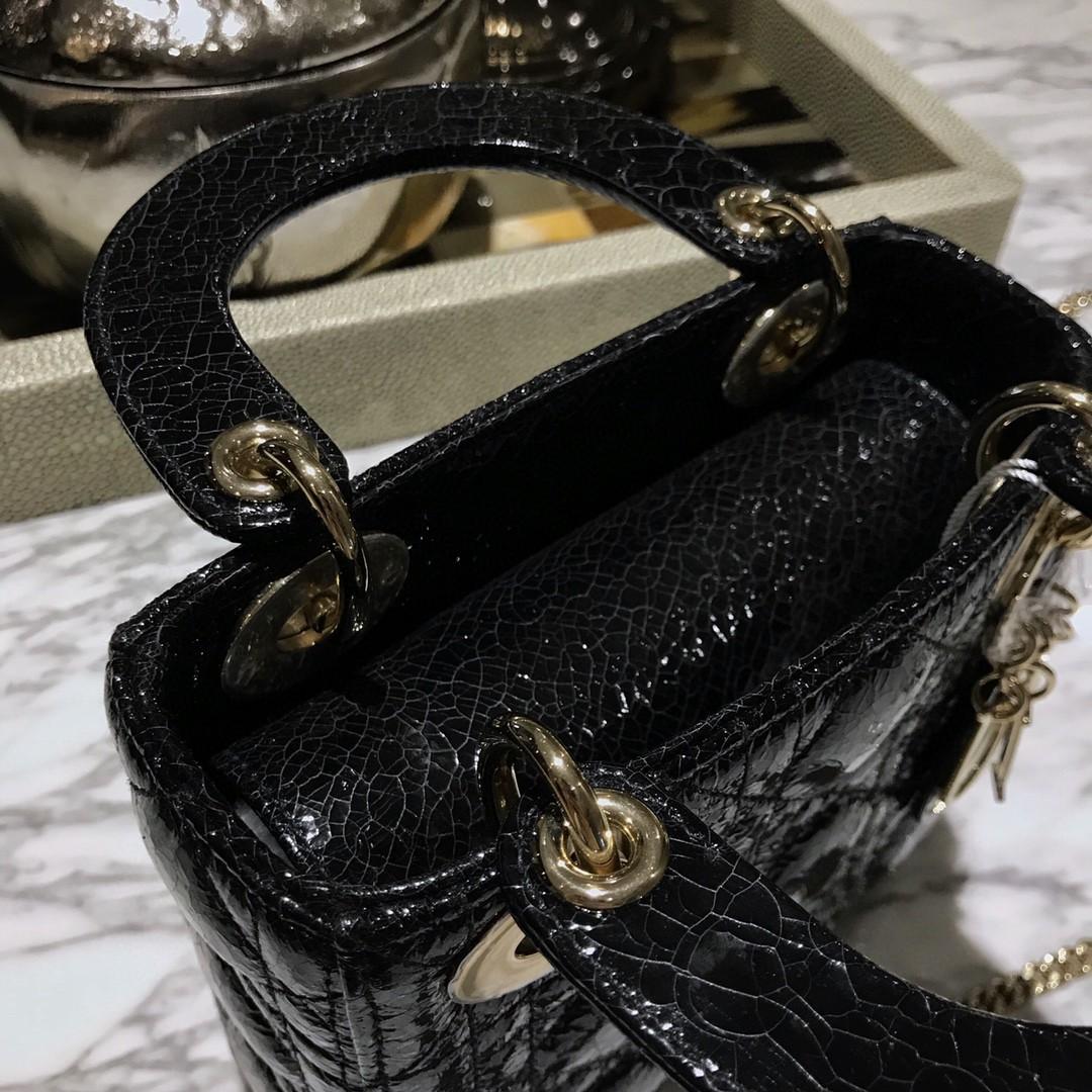 Dior 迪奥 三格/17cm 鹿皮 黑色 爆裂纹艺术处理效果